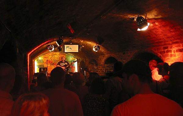 Cavern live